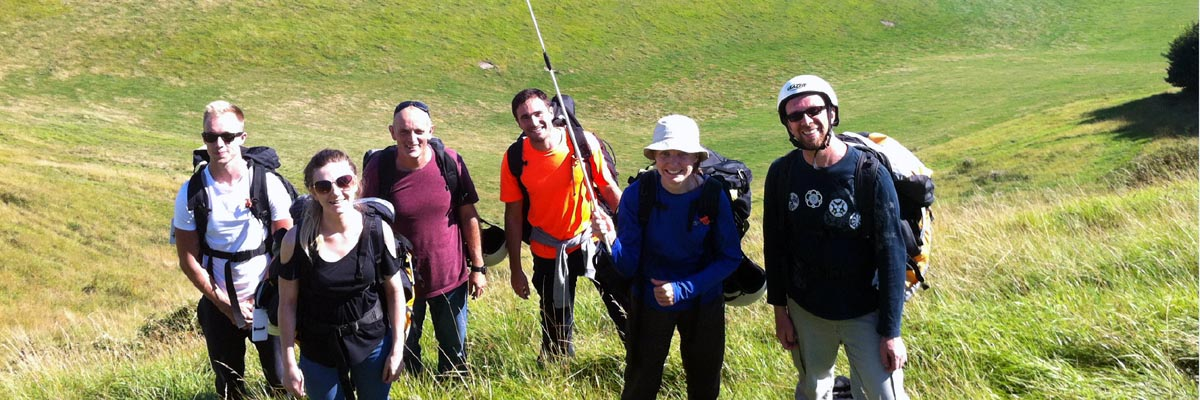 Group of 6 Paragliding students at the top of our SE slope at Steyning.